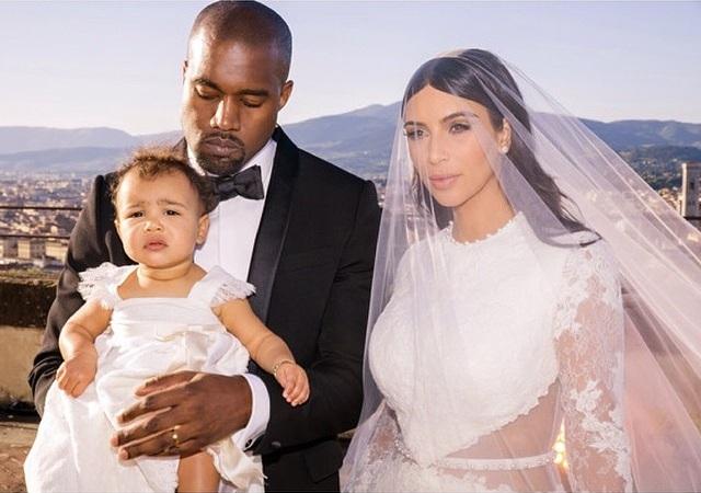 https://www.weddingmagazine.com.ua/wp-content/uploads/2019/03/kim-kardashian-wedding-makeup-3.jpg